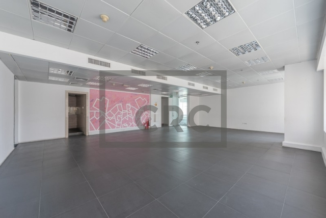 semi-furnished office for rent in sheikh zayed road, al moosa tower ii   8