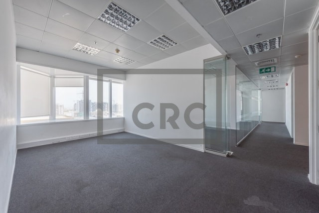 semi-furnished office for rent in sheikh zayed road, al moosa tower ii   15