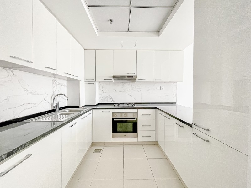 2 Bedroom Apartment For Rent in  Oxford Building,  Jumeirah Village Circle   2