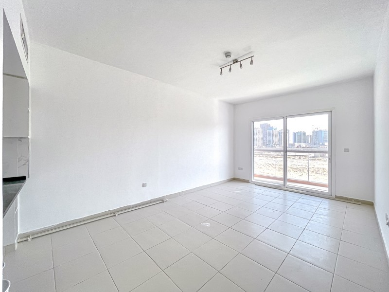 2 Bedroom Apartment For Rent in  Oxford Building,  Jumeirah Village Circle   0