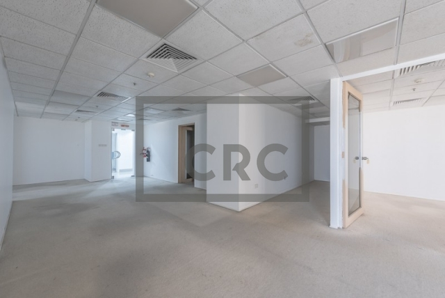 semi-furnished office for rent in sheikh zayed road, al moosa tower i   4