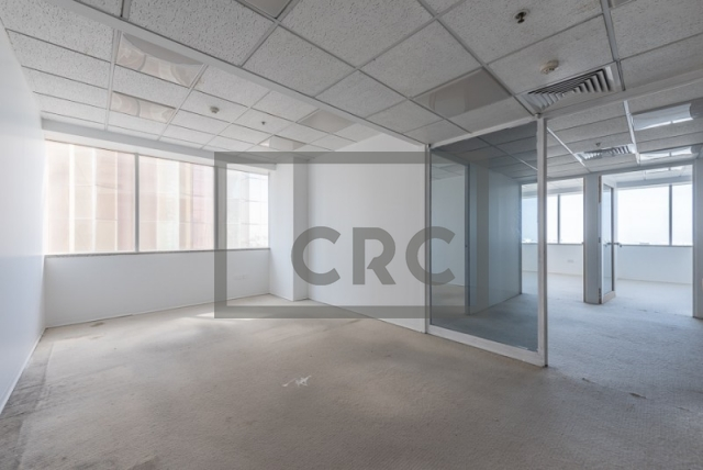 semi-furnished office for rent in sheikh zayed road, al moosa tower i   10