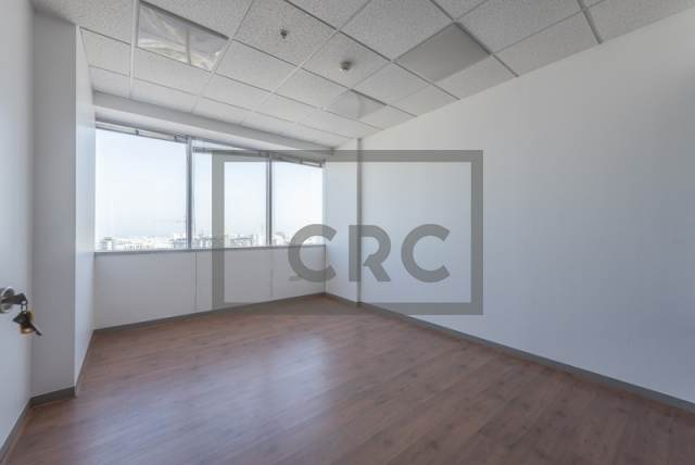 semi-furnished office for rent in sheikh zayed road, al moosa tower i   7