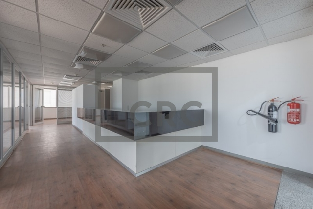 semi-furnished office for rent in sheikh zayed road, al moosa tower i   9