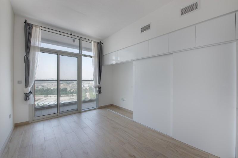 Studio Apartment For Sale in  Studio One,  Dubai Marina   2