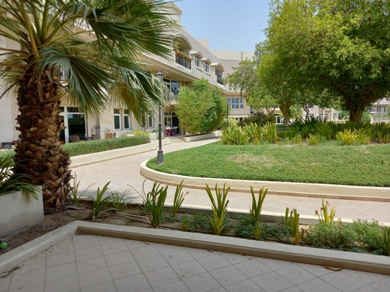 2 Bedroom Apartment For Rent in  Garden Apartments,  Mirdif   7