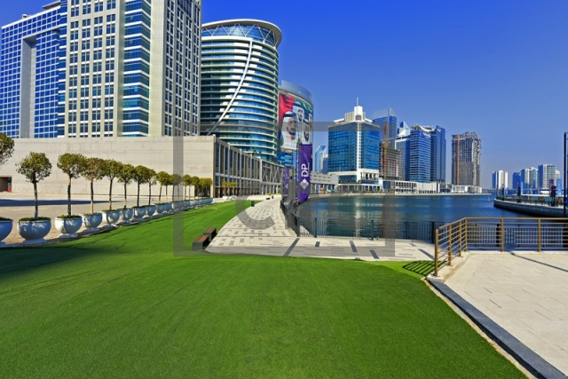 office for sale in business bay, xl tower   12