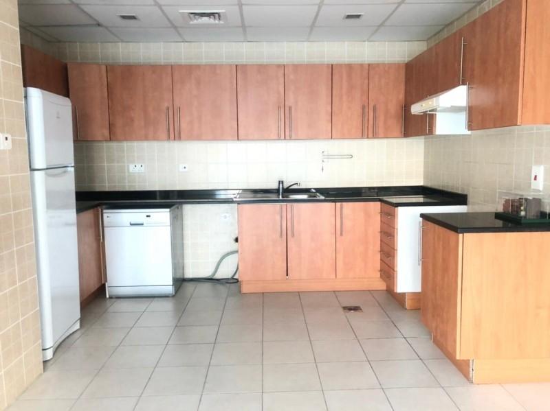 2 Bedroom Apartment For Rent in  Marina View Tower B,  Dubai Marina   11