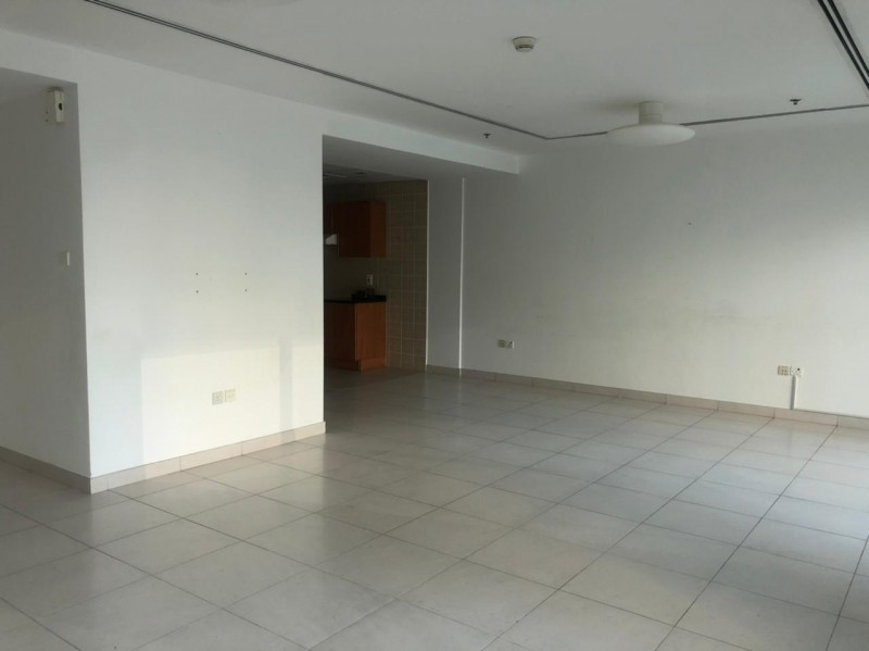 2 Bedroom Apartment For Rent in  Marina View Tower B,  Dubai Marina   4