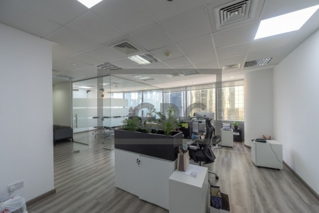 737 sq.ft. Office in Business Bay, Silver Tower for AED 921,249