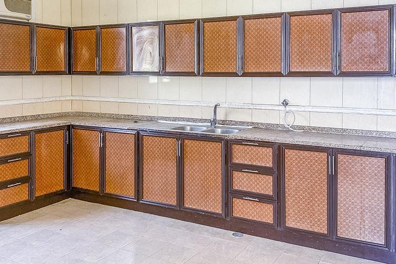 6 Bedroom Villa For Rent in  Mushrif Mall Area,  Al Mushrif | 2