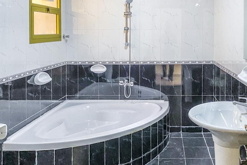 6 Bedroom Villa For Rent in  Mushrif Mall Area,  Al Mushrif | 15