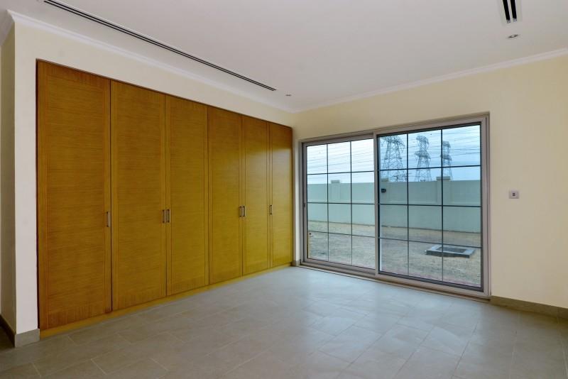 4 Bedroom Villa For Sale in  Nova Villas,  Jumeirah Park | 8