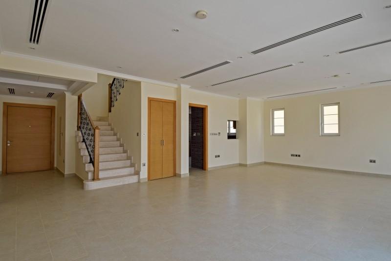 4 Bedroom Villa For Sale in  Nova Villas,  Jumeirah Park | 0
