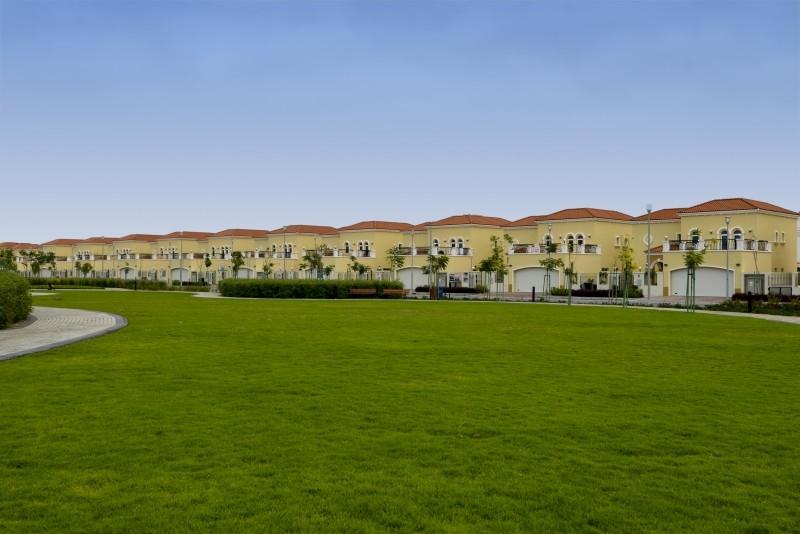 4 Bedroom Villa For Sale in  Nova Villas,  Jumeirah Park | 11
