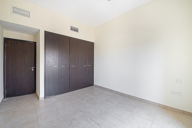 1 Bedroom Apartment For Sale in  Al Thamam 53,  Remraam   5