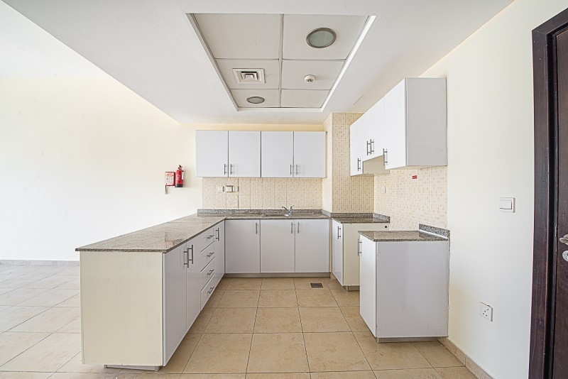 1 Bedroom Apartment For Sale in  Al Thamam 53,  Remraam   0