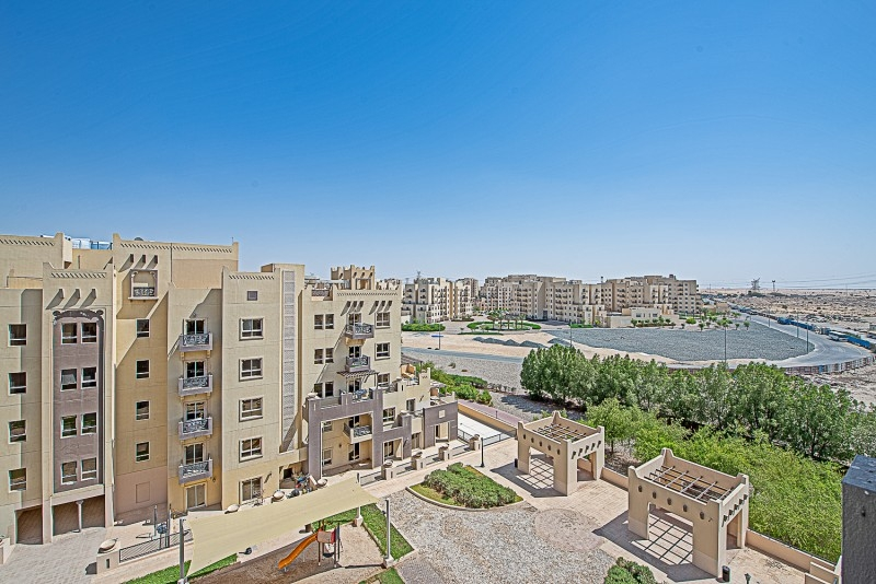 1 Bedroom Apartment For Sale in  Al Thamam 53,  Remraam   6