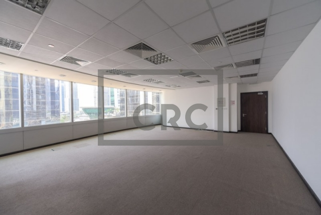 716 sq.ft. Office in Jumeirah Lake Towers, Gold Tower for AED 90,000