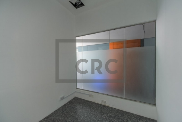 retail for rent in deira, port saeed   9