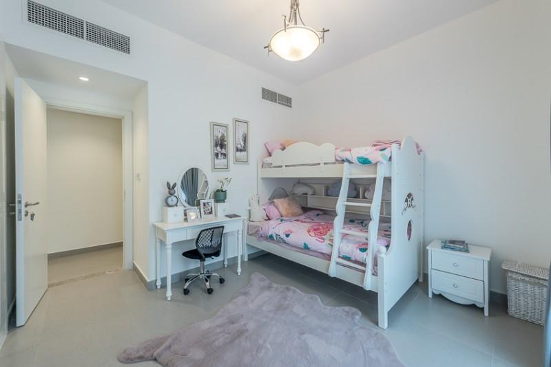 2 Bedroom Apartment For Rent in  Corniche Deira,  Deira   4