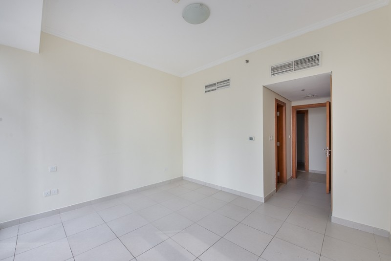 2 Bedroom Apartment For Sale in  Tamweel Tower,  Jumeirah Lake Towers | 6