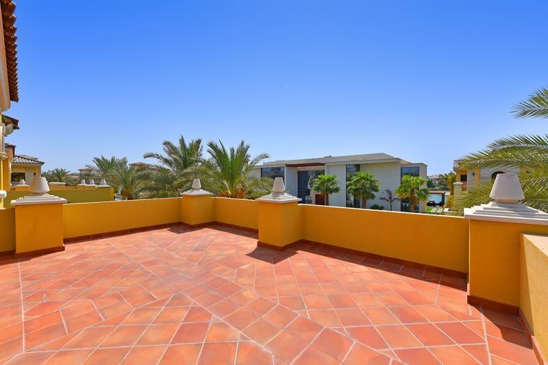 5 Bedroom Villa For Sale in  Garden Homes Frond C,  Palm Jumeirah   9
