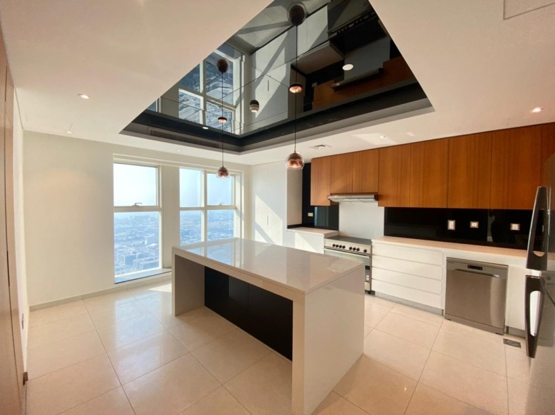 3 Bedroom Apartment For Rent in  A Tower,  Downtown Dubai   0