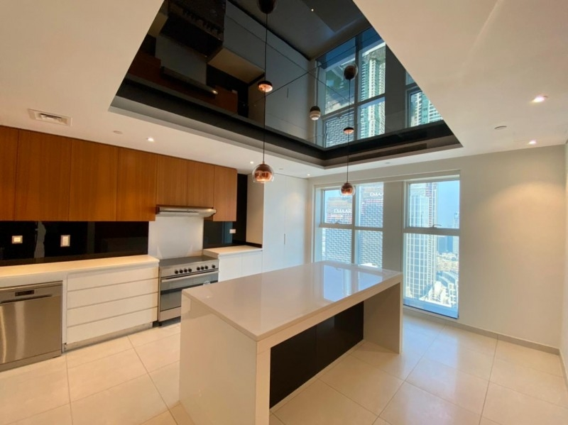 2 Bedroom Apartment For Rent in  A Tower,  Downtown Dubai   0