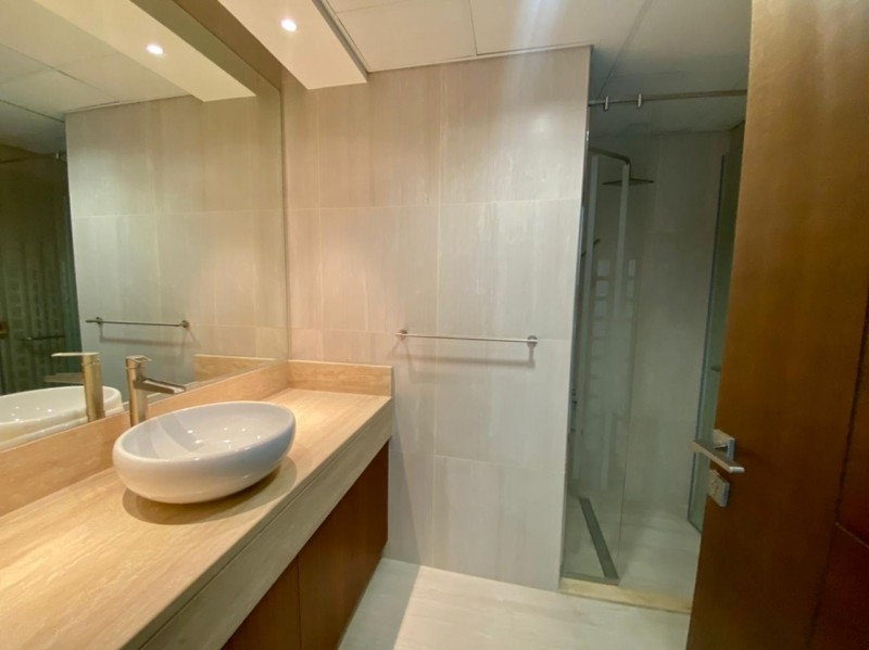 2 Bedroom Apartment For Rent in  A Tower,  Downtown Dubai   8