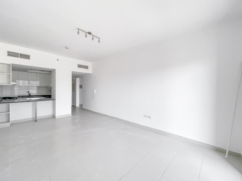 1 Bedroom Apartment For Rent in  Oxford Building,  Jumeirah Village Circle   0