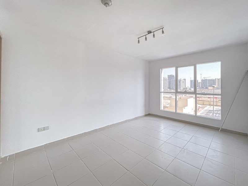 1 Bedroom Apartment For Rent in  Oxford Building,  Jumeirah Village Circle   4