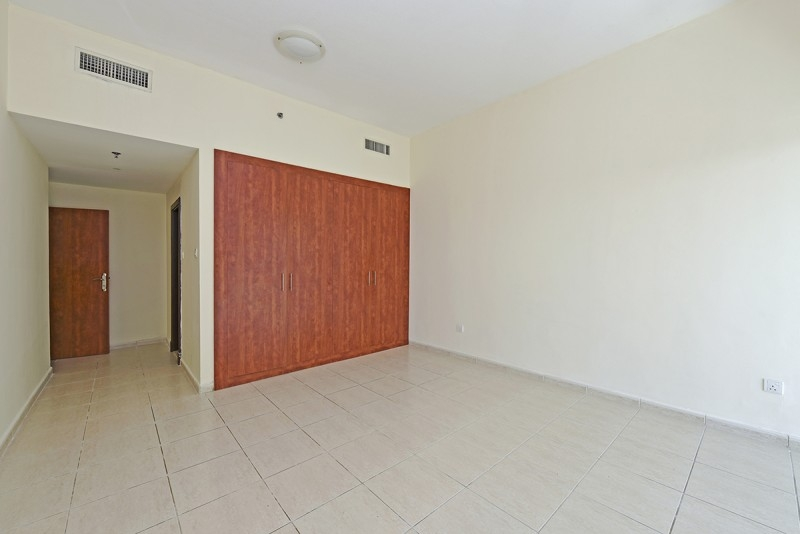 2 Bedroom Apartment For Sale in  Olympic Park 2,  Dubai Sports City   4