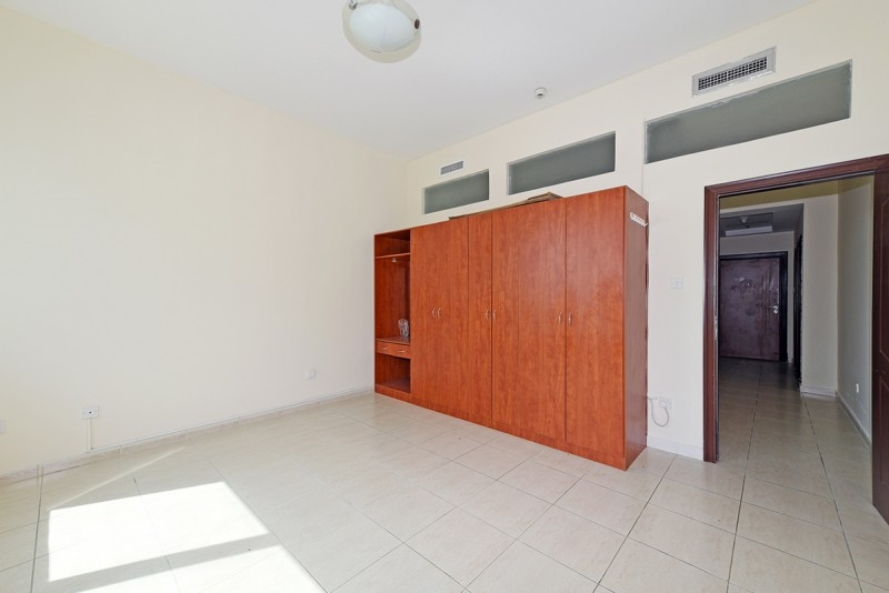 2 Bedroom Apartment For Sale in  Olympic Park 2,  Dubai Sports City   5