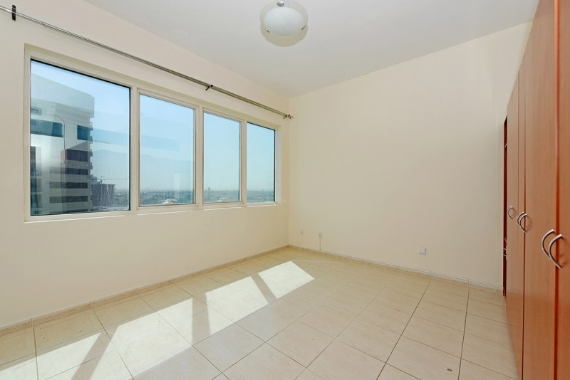 2 Bedroom Apartment For Sale in  Olympic Park 2,  Dubai Sports City   6
