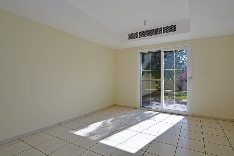 2 Bedroom Villa For Sale in  Springs 9,  The Springs | 1