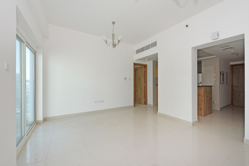 1 Bedroom Apartment For Rent in  Continental Tower,  Dubai Marina   3