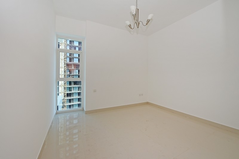1 Bedroom Apartment For Rent in  Continental Tower,  Dubai Marina   4