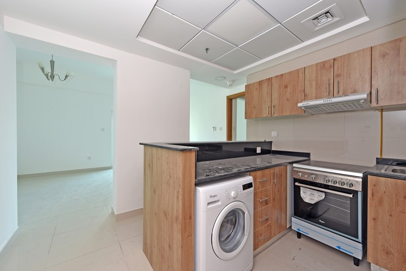 1 Bedroom Apartment For Rent in  Continental Tower,  Dubai Marina   2