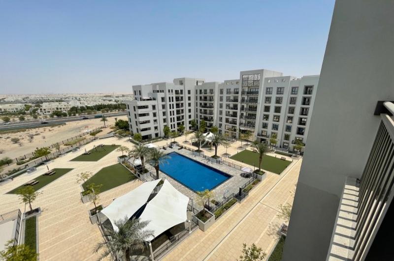 Zahra Apartments 2B, Town Square