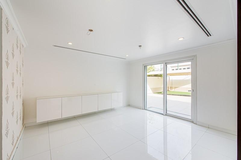 4 Bedroom Villa For Rent in  Meadows 4,  Meadows   10