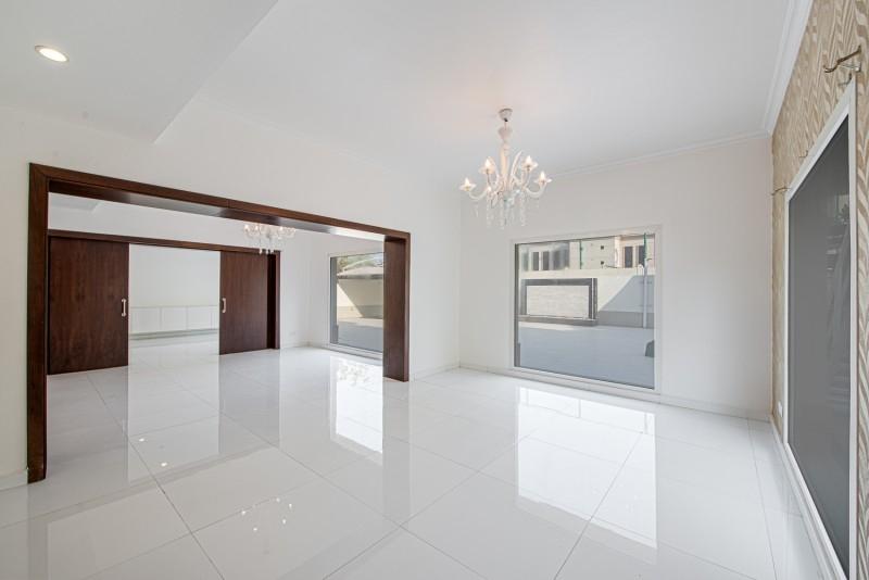 4 Bedroom Villa For Rent in  Meadows 4,  Meadows   2