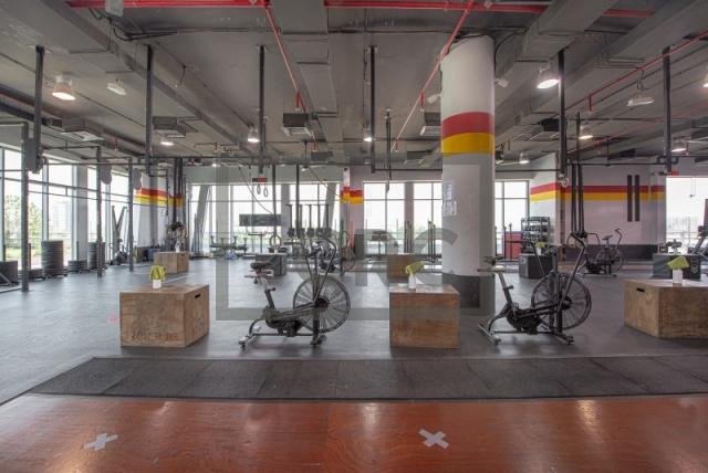 retail for sale in motor city, daytona house | 6