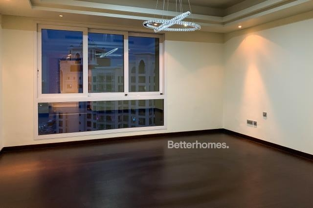 4 Bedroom Penthouse For Sale in  Marina Residences 4,  Palm Jumeirah | 5
