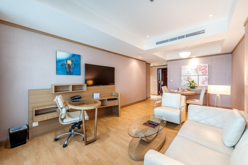 1 Bedroom Apartment For Rent in  Grand Stay Hotel,  Sheikh Zayed Road   1