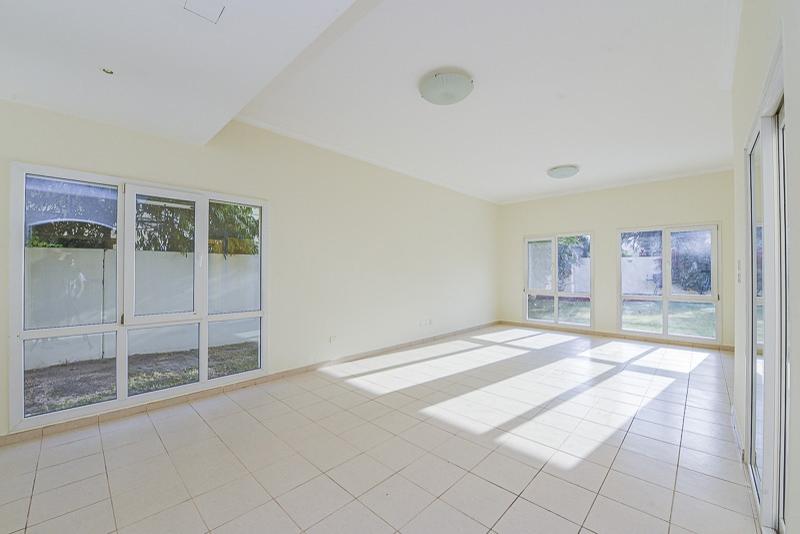 4 Bedroom Villa For Sale in  Meadows 2,  Meadows   3