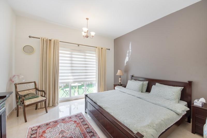5 Bedroom Villa For Sale in  Meadows 6,  Meadows | 5