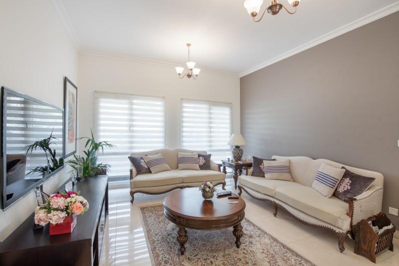 5 Bedroom Villa For Sale in  Meadows 6,  Meadows | 3