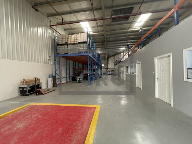 6,027 sq.ft. Warehouse in Dubai Investment Park, Dubai Investment Park 1 for AED 180,818