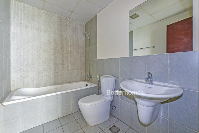 1 Bedroom Apartment For Sale in  Autumn Cluster 1,  Jumeirah Village Circle | 4